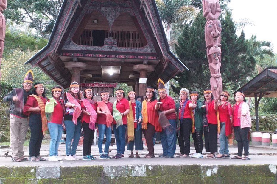 Paket Tour Medan Danau Toba 3D2N